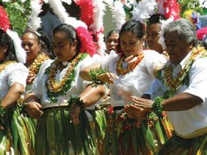 Tongan dancing at Neiafu festival