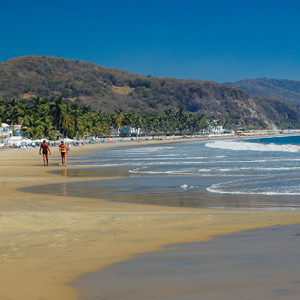 Wide-sweeping-sands-of-Playa-La-Boquita-in-Santiago-on-Manzanillo-Bay