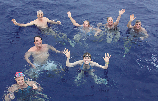 Mid-ocean swim with the Mahina Tiare III crew