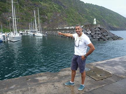 Vela's enthusiastic harbormaster, Jose Dias