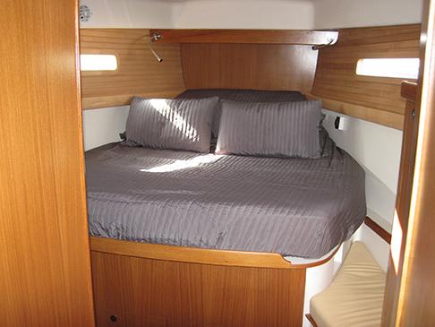catalina-425-master-bunk