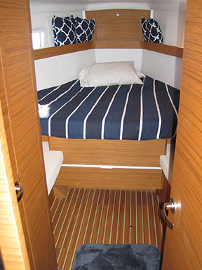 elan-45-forward-berth
