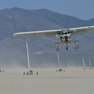 landsailing-plane