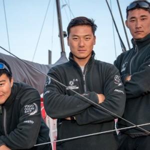 sailing-china-crew
