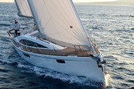 02Bavaria_Vision_46_under_sail1