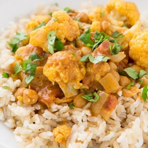 cauliflower_and_chickpea_coconut_curry (2)
