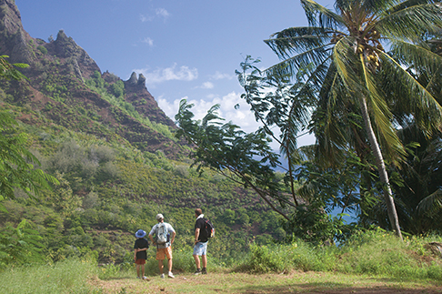 Nature on the seventh day, the hike from Hanavave to Omoa on Fatu Hiva