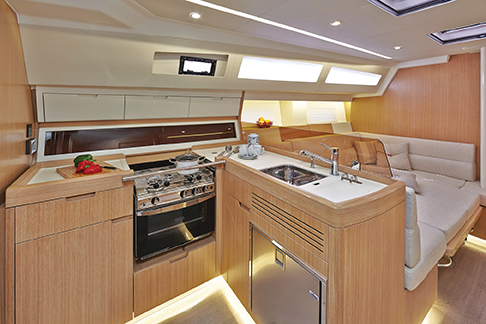 Azuree46galley