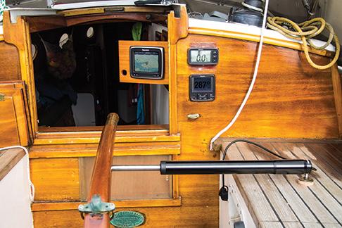 Celeste's autopilot, bidata instrument, and radar-chartplotter