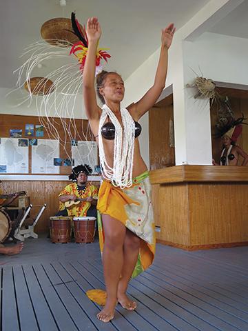 Raiatea, Tahiti Yacht Club sendoff