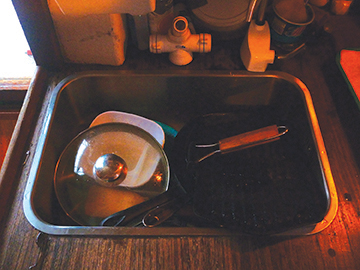Catch all galley sink