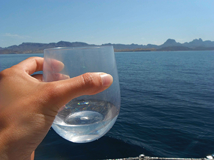 Water made from the sea tastes so good!