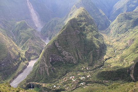 Reunion - valley village