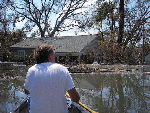 Immediate aftermath of Hurricane Katrina - West End - New Orleans