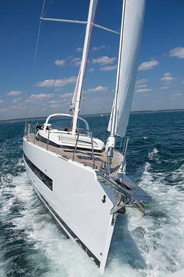 Beneteau 62 bow
